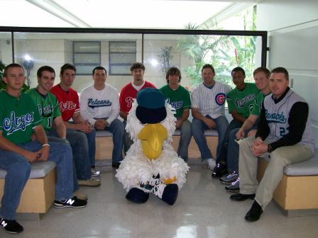 Baseball players tour Sacred Heart Childrens Hospital
